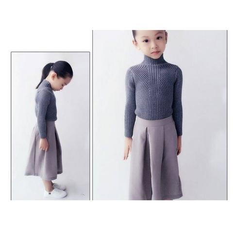 Phần cổ áo len ôm sát, đảm bảo giữ ấm tuyệt đối