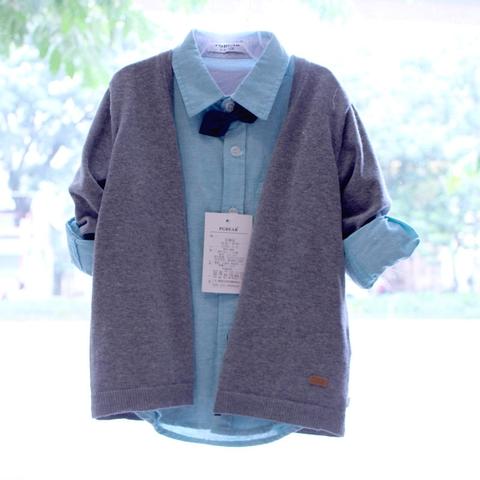 Áo len kết hợp hoàn hảo với áo sơ mi dài tay, khoác ngoài khi trời lạnh