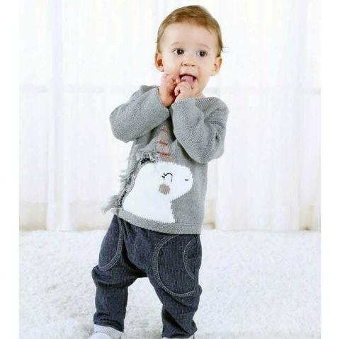Áo len giữ ấm diện với quần jean, quần nỉ đều phù hợp