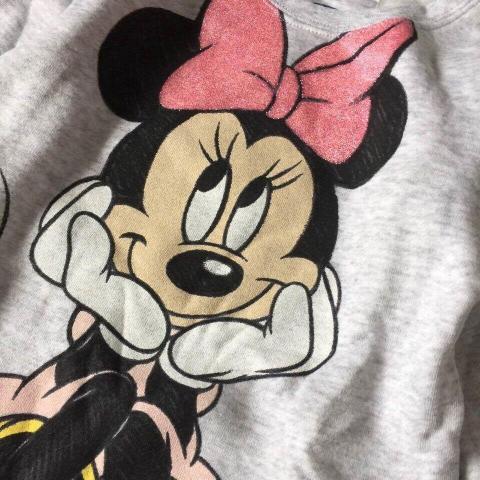 Hình in Minnie trên áo không lo bong tróc