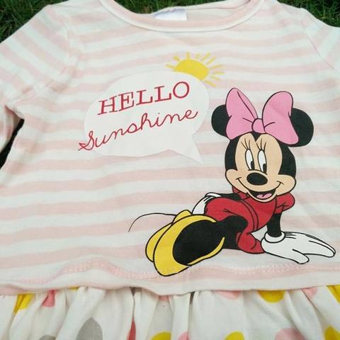 Hình in trên áo thun chuột Minnie điệu đà
