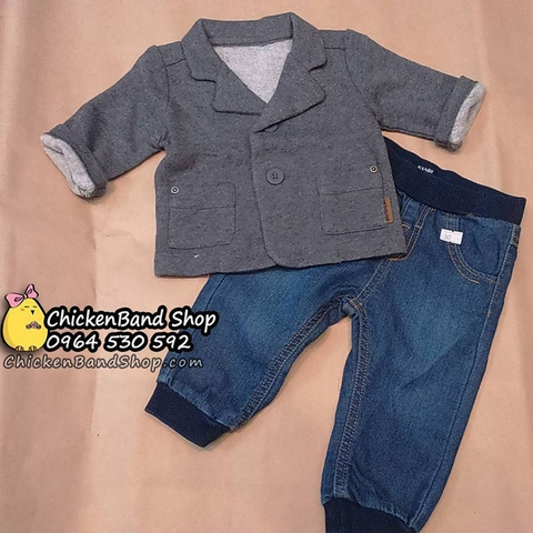 Bé diện áo vest với quần jean cực xinh