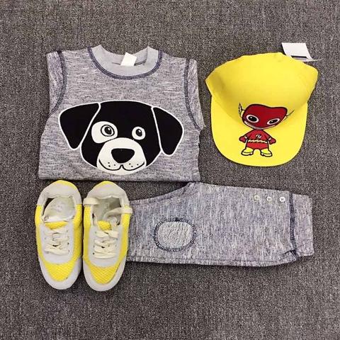 Bé có thể mặcở nhà hoặc chỉ cần phối thêm một ít phụ kiện là có set đồ tuyệt vời khi đi chơi rồi