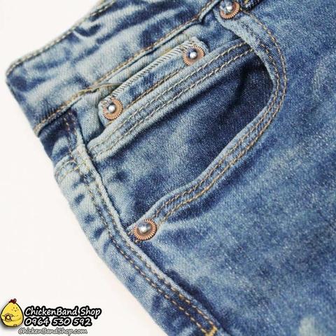 Thiết kế quần jean mài bạc chất chơi lắm