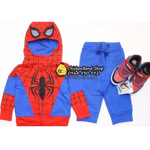 Mẹ có thể kết hợp bộ đồ với giày người nhện