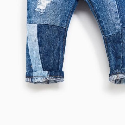 Bé có thể diện quần jean xắn gấu sang chảnh