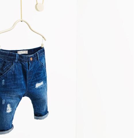 Bên trong quần có tăng đơ chun, chất jeans mềm mại lắm nhé