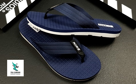 NIKE SLIPPERS BLACK NAVY