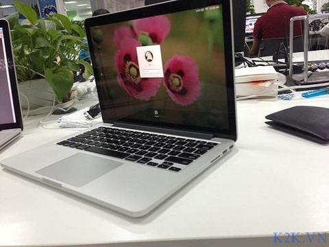 MacBook Pro Retina 13' ME867 (Intel Core i7 2.8GHz, 8GB RAM, 256GB SSD, VGA Intel Iris Pro, 13.3 inch, Mac OS X Mavericks)
