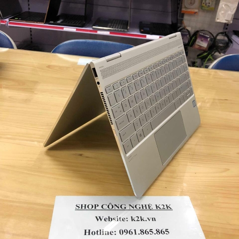 Laptop HP Spectre x360 13 / i7-7500U / 16GB RAM / 256 SSD M2 / VGA onboard, Intel HD Graphics 620 / 13' Full HD Touch Screen.