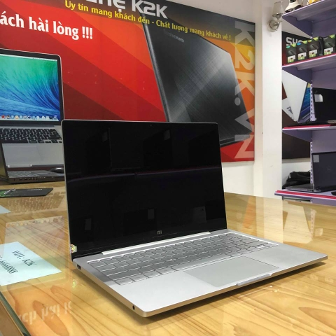Laptop Xiaomi Mi Notebook Air 12.5' Intel Core i5-7y54/ Ram 8GB/ 256GB SSD PCle/ VGA On/ 12.5 IPS FHD/ Pin 11h/ Windows 10 Home