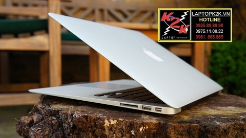 Apple MacBook Air MC966 (Mid 2011) (Intel Core i5-2557M 1.7GHz, 4GB RAM, 256GB SSD, VGA Intel HD 3000, 13.3 inch, Mac OS X Lion)