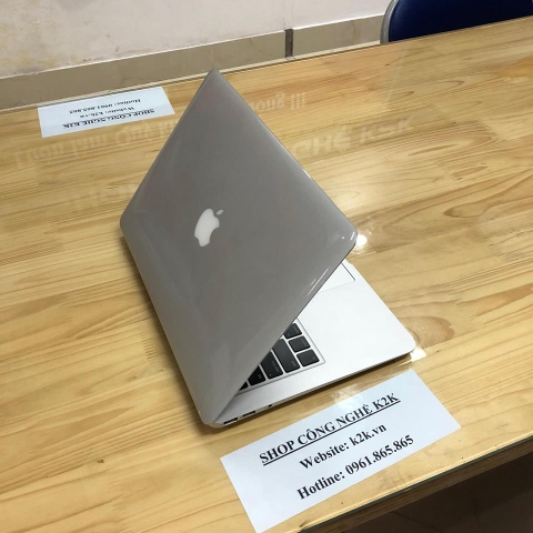 Apple MacBook Air 13' MC966 offtion i7 /4GB/256SSD (Mid 2011)