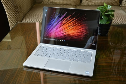 Xiao Mi Notebook Air 13/ Intel Core i5-7200U/ 8GB Ram/ 256GB SSD NVMe/ VGA NVIDIA MX150 - 2GB/ 13.3 Inch FHD/ Win 10 Home.