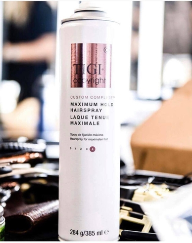 GÔM XỊT KHÓA KIỂU MẠNH TIGI COPYRIGHT MAXIMUM HOLD HAIRSPRAY 385ML