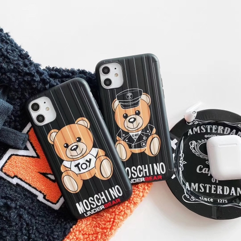 CASE MOSCHINO UNDER BEAR