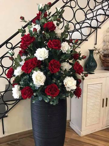 Chậu hoa hồng giả- Họa lụa cao cấp