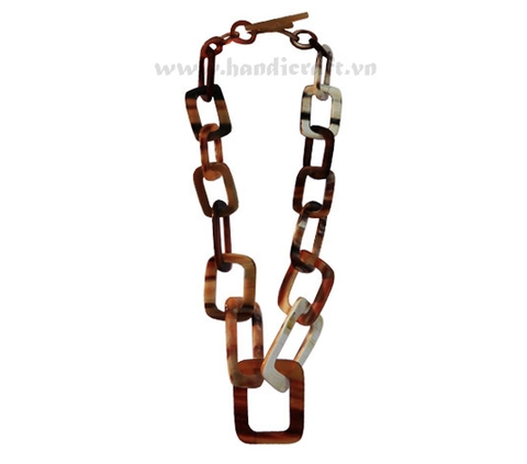 Rectangular horn links