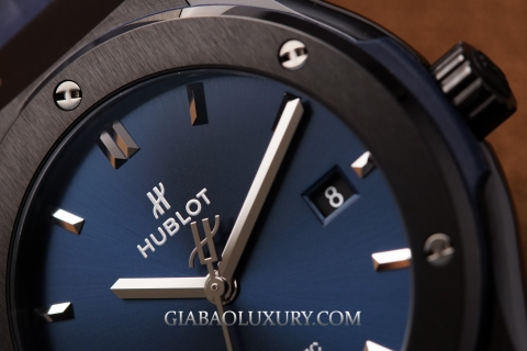 Review đồng hồ Hublot Classic Fusion Ceramic Blue 42mm