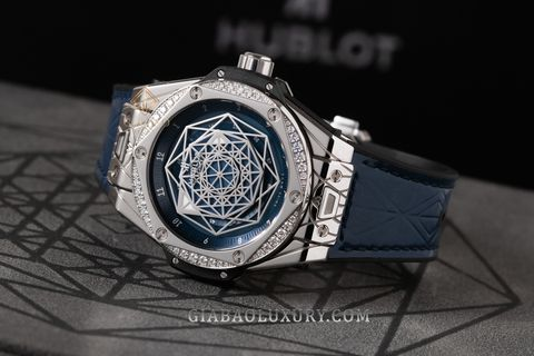 Review đồng hồ Hublot Big Bang Sang Bleu 39mm 465.SS.7179.VR.1204.MXM19