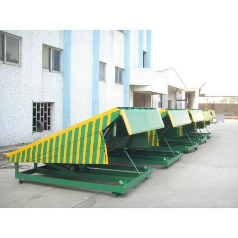 Ben nâng/ DCQ Stationary Hydraulic Dock Ramp Model: DCQ6~12