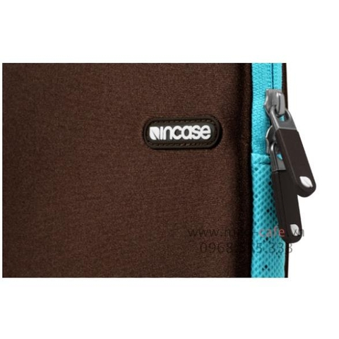 Incase Neoprene Sleeve Plus