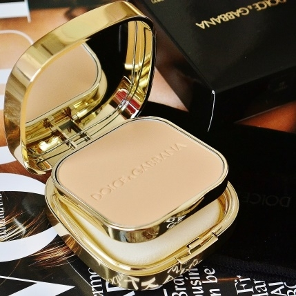 PHẤN NỀN DOLCE GABBANA PERFECT MATTE POWDER FOUNDATION