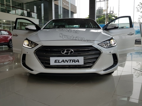 Hyundai Elantra 2.0 AT CKD 2017