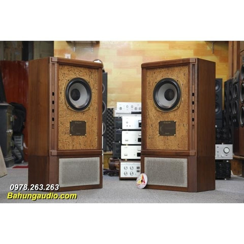 Loa Tannoy Stirling HW đẹp xuất sắc