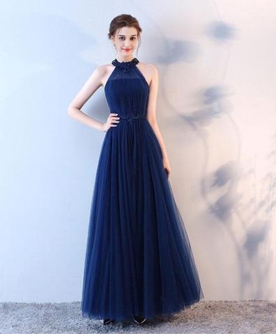 Đầm dạ hội kiểu cổ yếm đính đá sang trọng