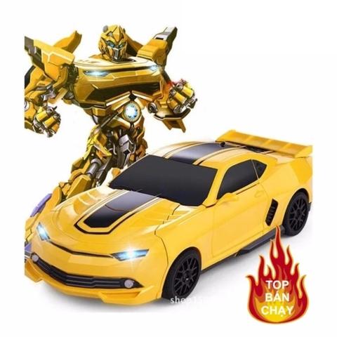Xe ô tô biến hình thành Robot độc đáo - Hình ảnh vỏ hộp