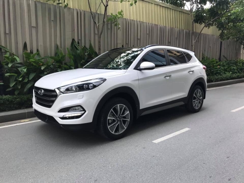 Hyundai Tucson 2.0AT full xăng 2018