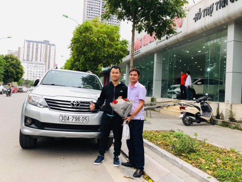 Toyota Fortuner X 2013 30A-796.xx