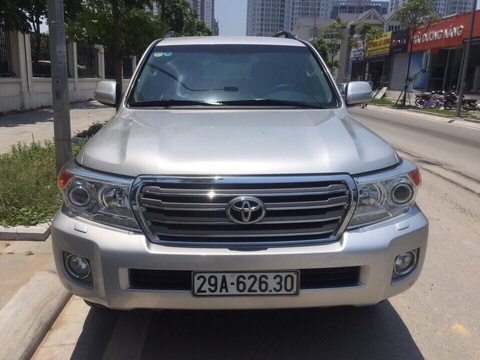 Toyota Land Cruiser VX 2012