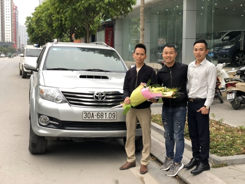 Toyota Fortuner G 2015 30A-681.xx