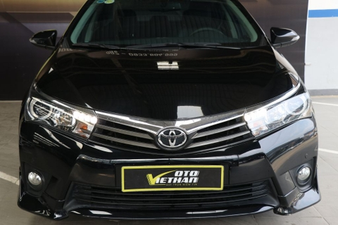 Toyota Corolla Altis V 2.0AT 2015