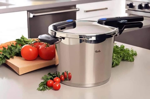 NỒI ÁP SUẤT FISSLER VITAQUICK 6L MADE IN GERMANY