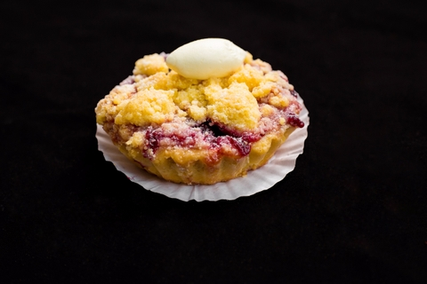RED FRUITS CRUMBLE TART