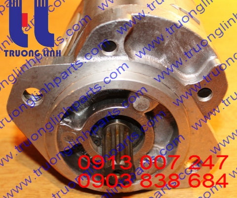 67110-12500-71 Hydraulic Gear pump Kayaba
