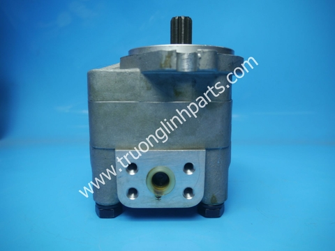 Hydraulic gear pump - steering pump 705-41-01050 for Komatsu D65PX-12 D155 D85 Dozers