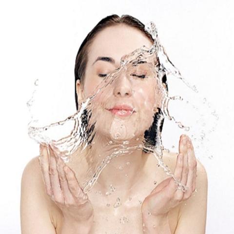 Rửa Mặt và Tẩy Trang hoàn hảo giá hạt dẻ