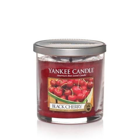 nen-ly-s-yankee-candle-black-cherry