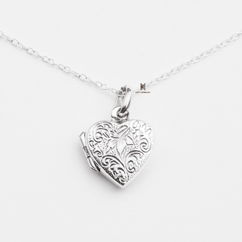 P BOX LOCKET HEART FLOWER PATTERN