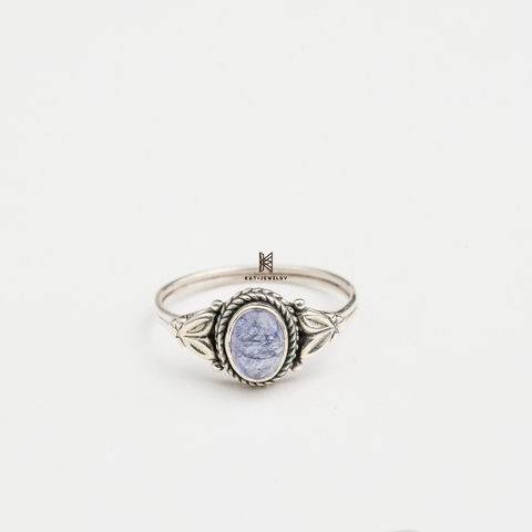 R INDI OVAL TANZANITE LIGHT BLUE STONE