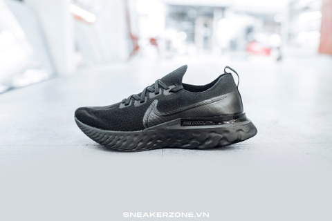 NIKE EPIC PRO REACT FLYKNIT 'TRIPLE BLACK'