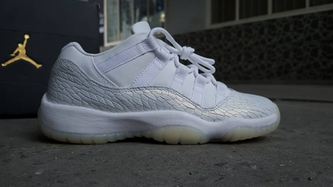 Air Jordan 11 Retro Low PR HC