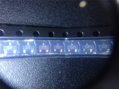 BCW32 smd sot-23 transistor D1 (gói 100 con)