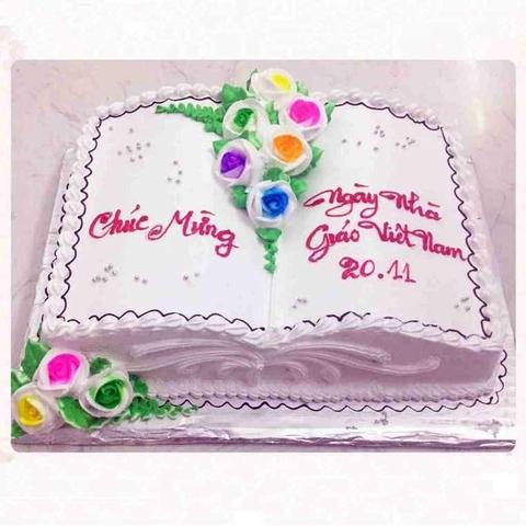 GV06 - Bánh kem cuốn sách trang trí hoa
