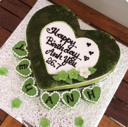 TS1 Bánh kem Matcha trà xanh trái tim