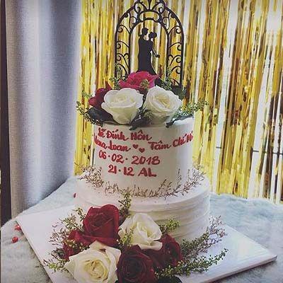 bc5 bánh cưới hoa hồng